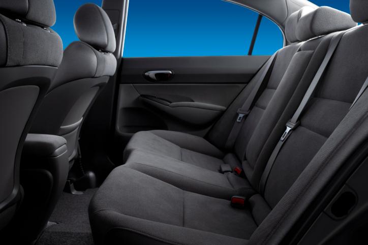 Bảo dưỡng toàn bộ nội thất xe hơi